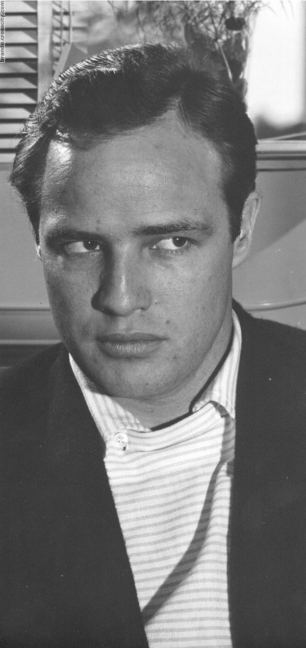 Bajo el Signo de Libra: Marlon Brando, Unzipped