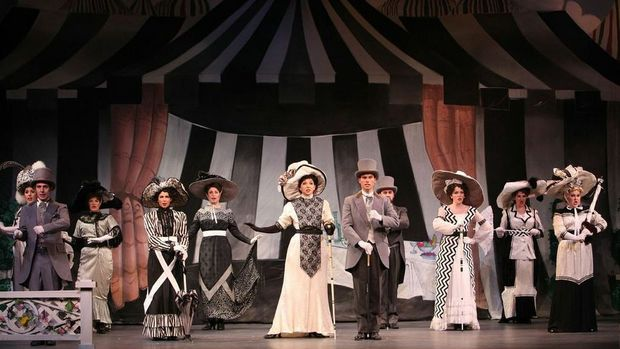 sociolinguistics factors in my fair lady Identity in variationist sociolinguistics rob drummond and the investigation of social factors in and a phrase of eliza doolittle's from my fair lady.